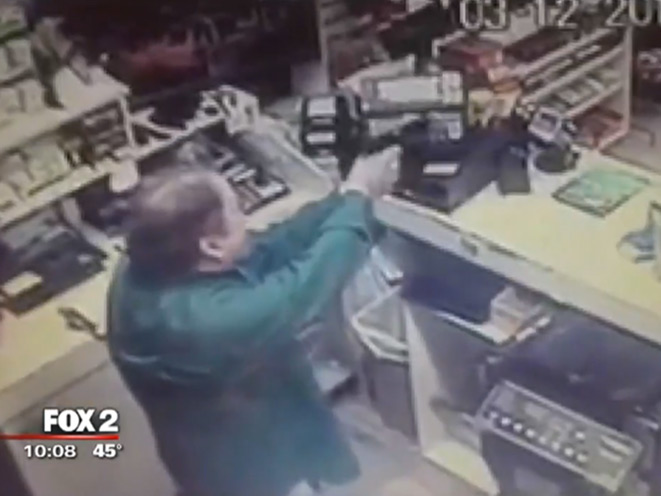robbery, robber, clerk, gas station clerk, gas station robbery