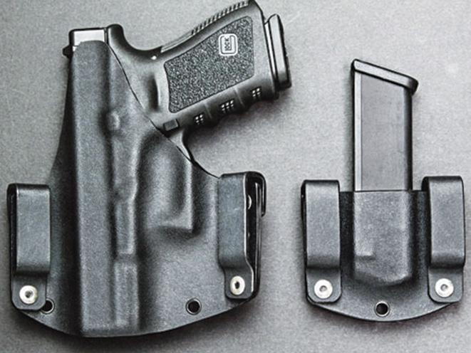 holster, holsters, full-size pistol, full-size handgun, handgun, handguns, pistol, pistols, kydex holster