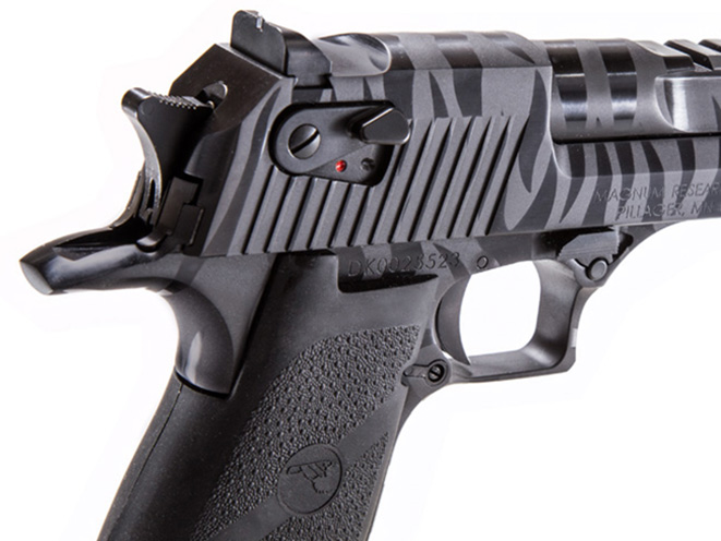 magnum, magnum research, magnum research black tiger stripe desert eagle, black tiger stripe desert eagle, magnum DE44BTS, DESERT EAGLE, TIGER STRIPE DESERT EAGLE