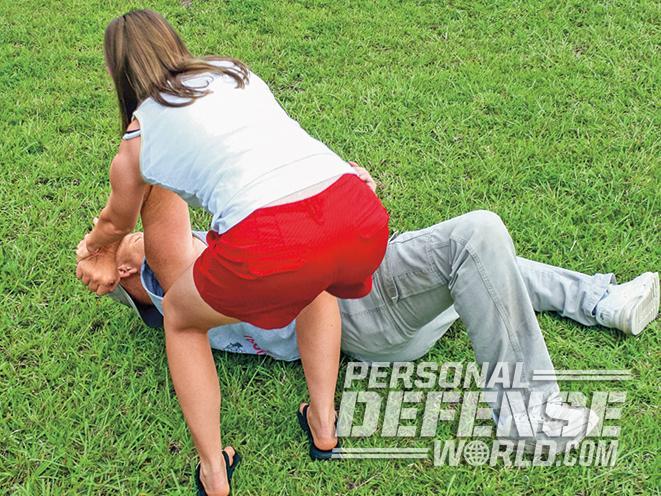 choke, chokehold, rear choke, rear naked choke, chokes, self defense choke, choke escape, rear naked chokehold, self-defense tactics