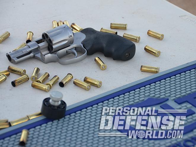 snub-nose revolver, snake gun, ammo