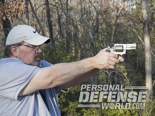 Ruger GP100 revolver test fire
