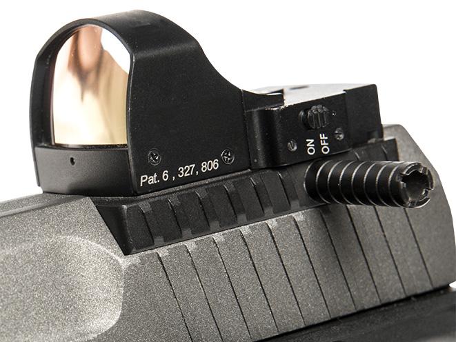 Canik race pistol reflex sight