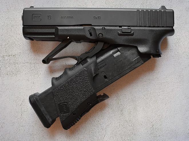 Full Conceal Folding Glock 19 pistol halfway