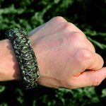 Outdoor Edge Para-Claw talon on wrist