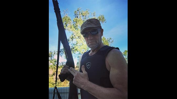 michael rooker benelli m1 shotgun