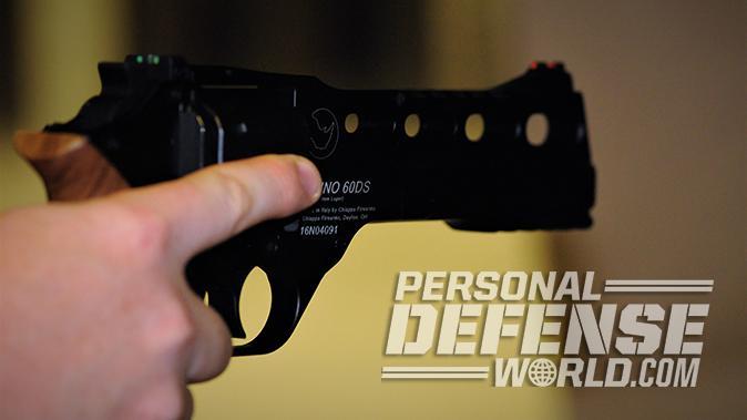 Chiappa Rhino 60DS revolver aiming