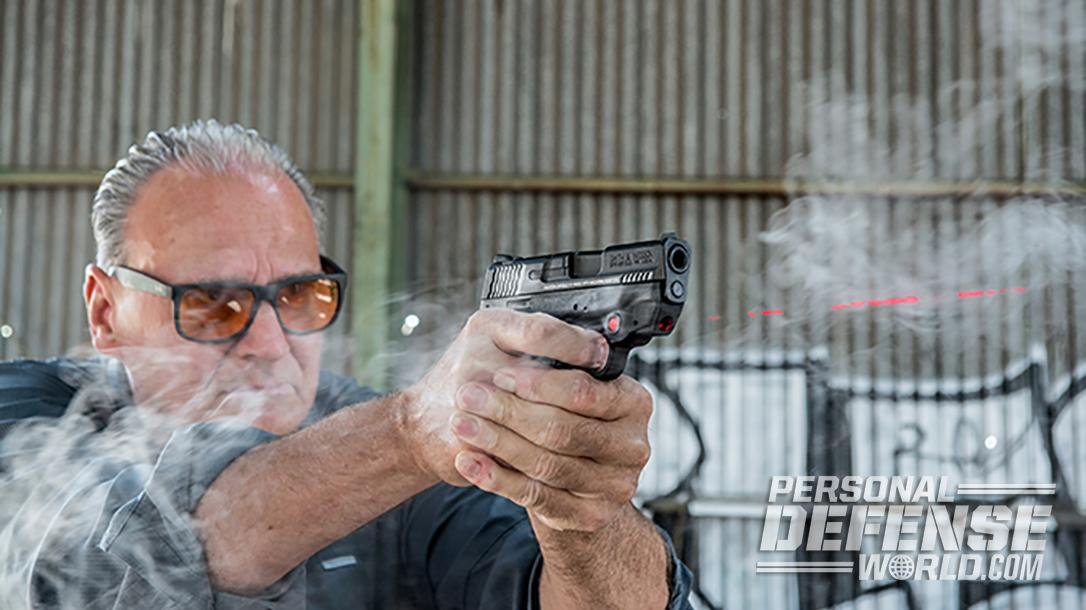 Full Review: Smith & Wesson M&P9 Shield M2.0 PISTOL