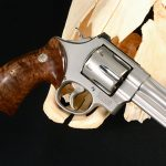 cylinder slide smith wesson model 629 mountain gun right profile