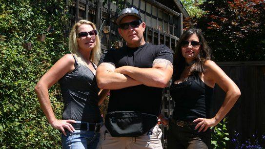 fanny pack trio pose