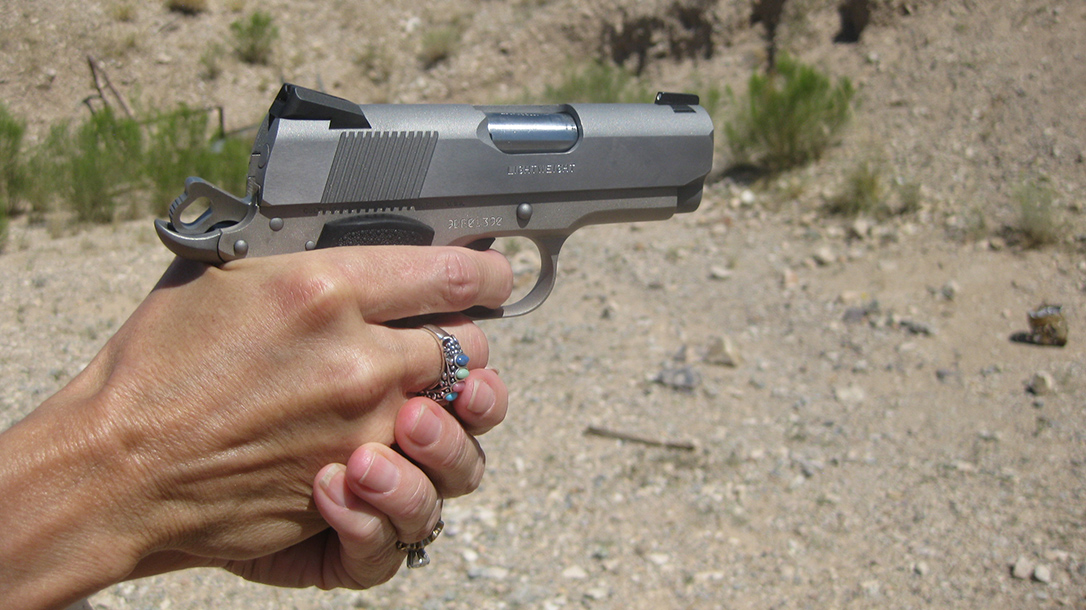 gun carrying 1911 pistol
