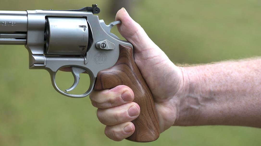 revolver hammer grip