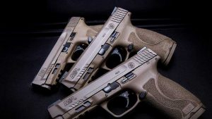 Smith & Wesson Revenue M&P45 M2.0 Pistol beauty shot