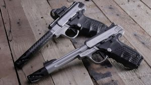 smith & Wesson sw22 victory target pistols left angle