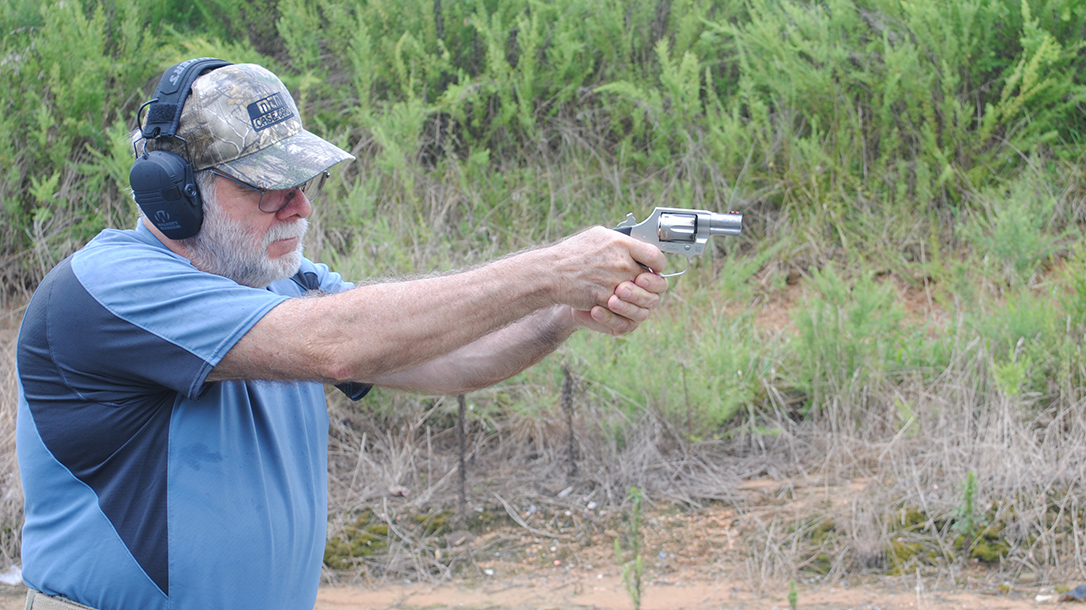 Colt Cobra Revolver, Range Test, Gun Slickguns Review, aim