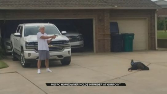 oklahoma burglar steven davenport gunpoint