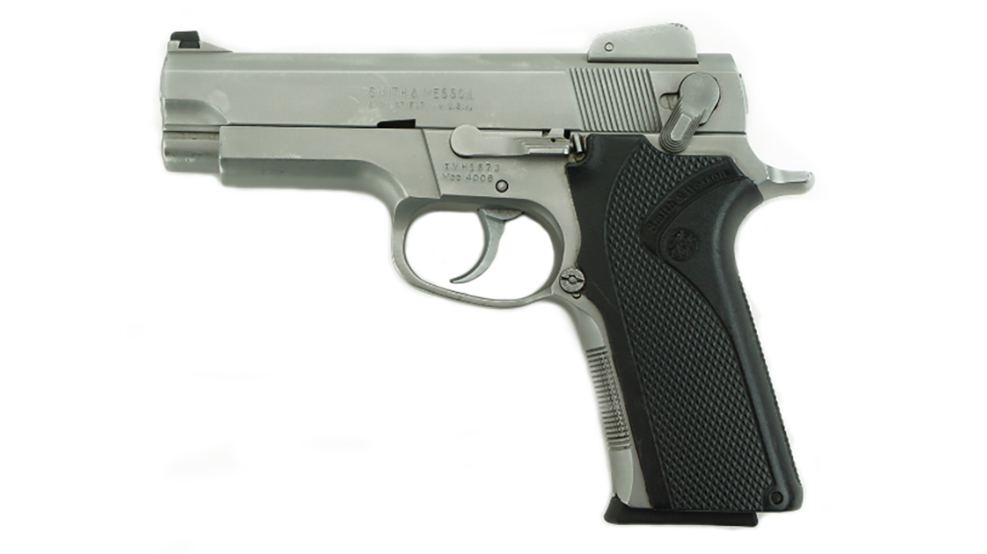 Smith & Wesson 4006 .40 S&W