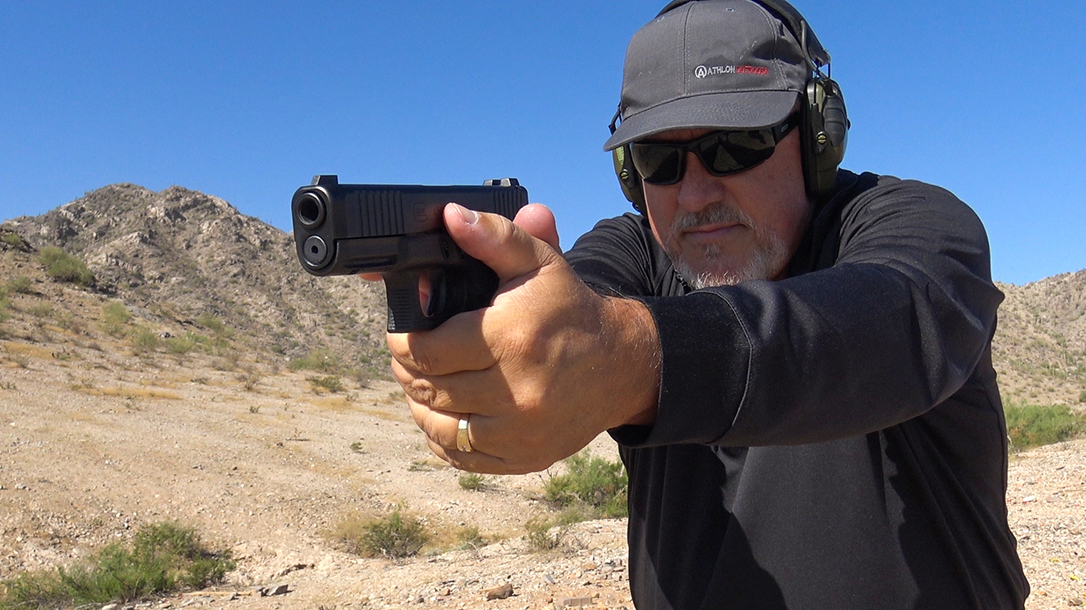 Glock 45 pistol, G45 pistol first Slickguns Review, aim