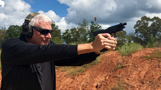 Springfield XDM 10mm Pistol range