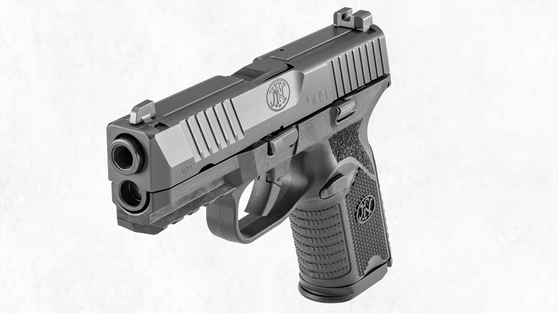 FN 509 Midsize, front