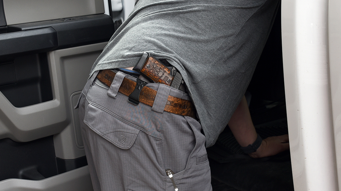 Concealed Carry Tips, concealment clothes