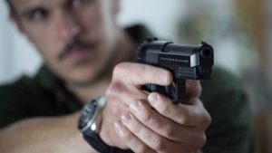 Chicago Permit Holder Shoots Armed Robber, Beretta