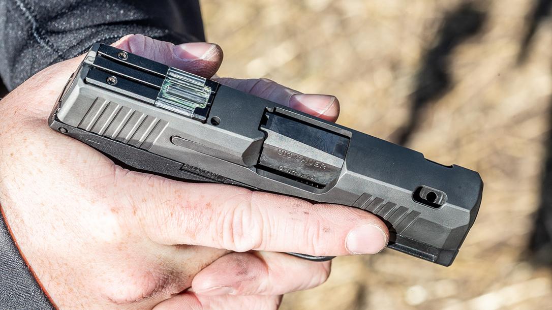 Sauer Snag Free Pistol, concealed carry, grip