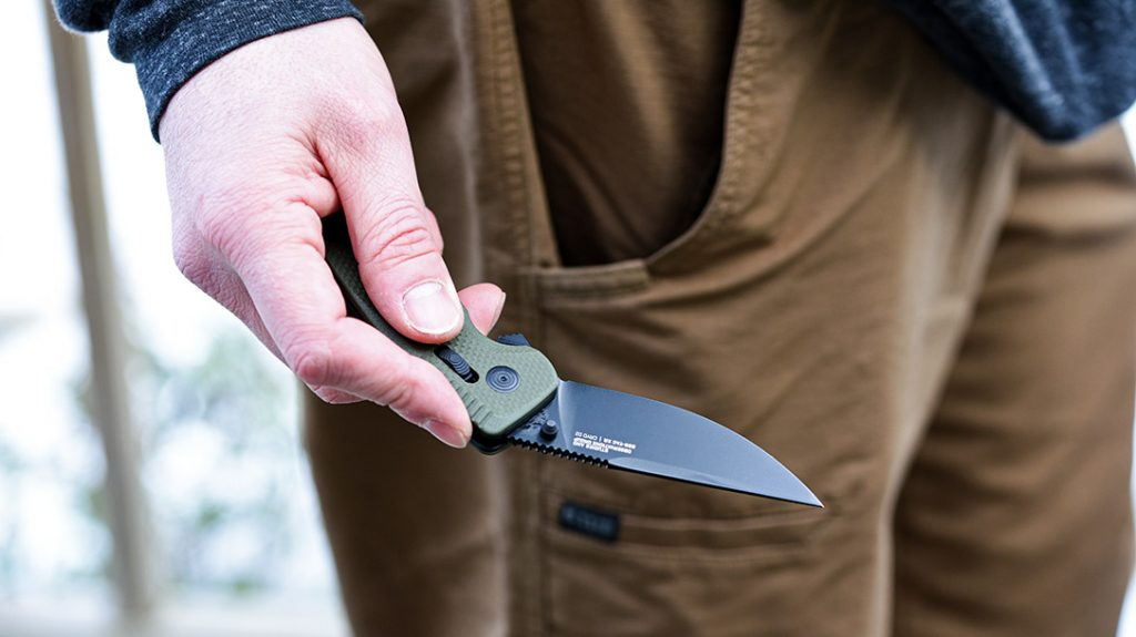 The blade of the SOG-TAC is brought to bear via a flipper.