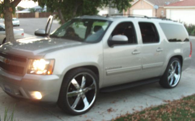 2009 Chevy Suburban Rides Magazine