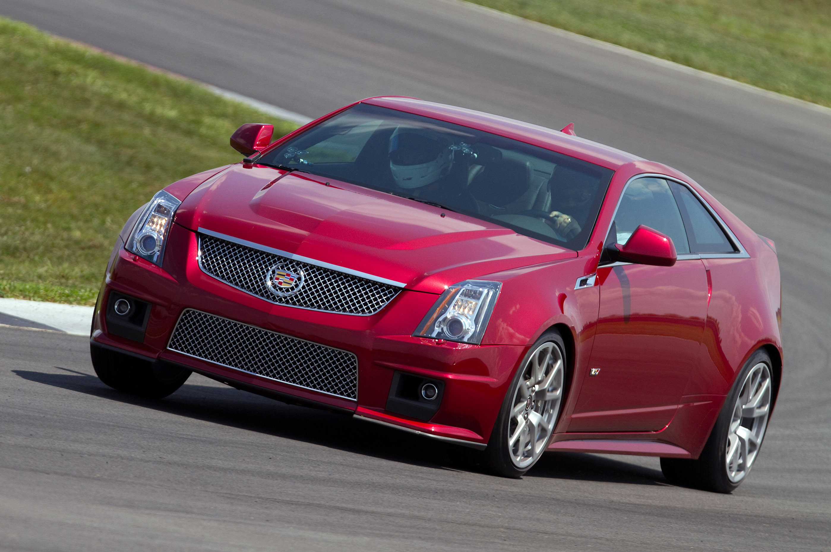 2010 cadillac cts v coupe rides magazine. Black Bedroom Furniture Sets. Home Design Ideas