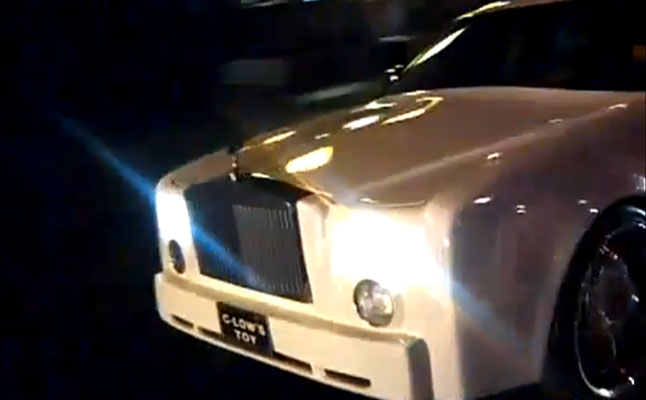 rides cars fake-rolls-royce-phantom-chrysler-300