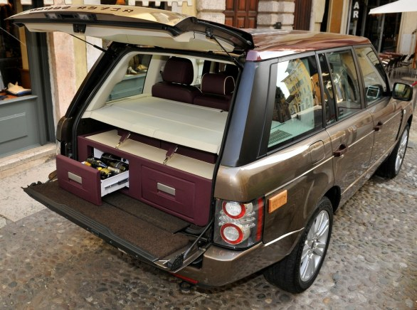 0-60 cars Range Rover Spirito DiVino wine