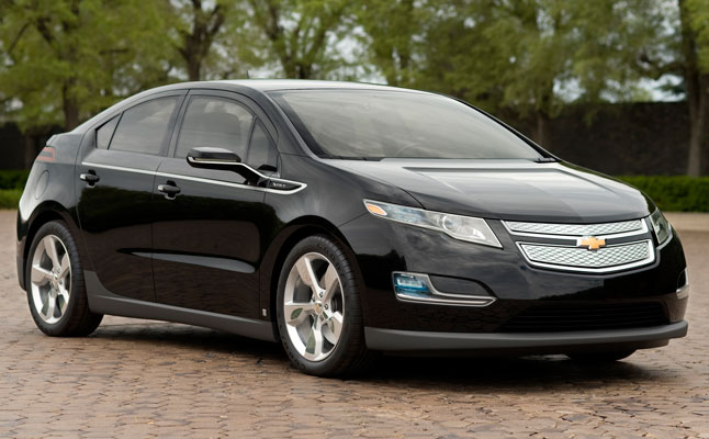 rides cars chevy chevrolet volt electric