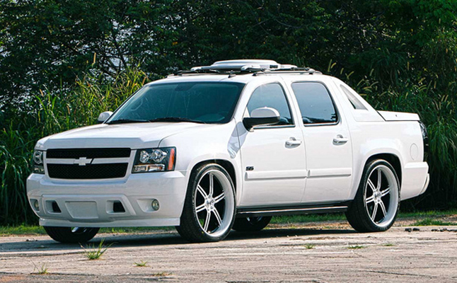 rides cars chevrolet avalanche vossen rims wheels