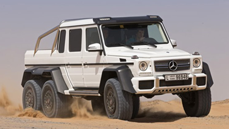 Mercedes benz g63 amg 6x6 may be the maddest mercedes yet for Garage comos sauvian occasion