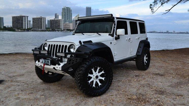 rides-mc-customs-anibal-sanchez-jeep-wrangler-rubicon-white-miami