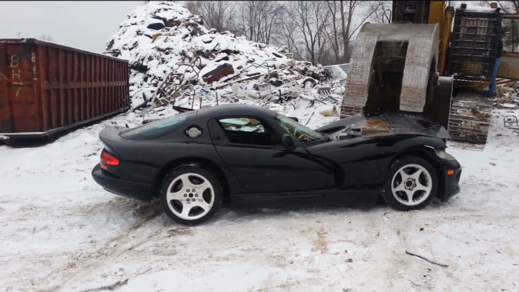 Dodge Viper Claw Crush