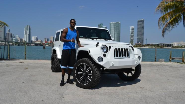 tim hardaway jr matte white jeep wrangler mc customs
