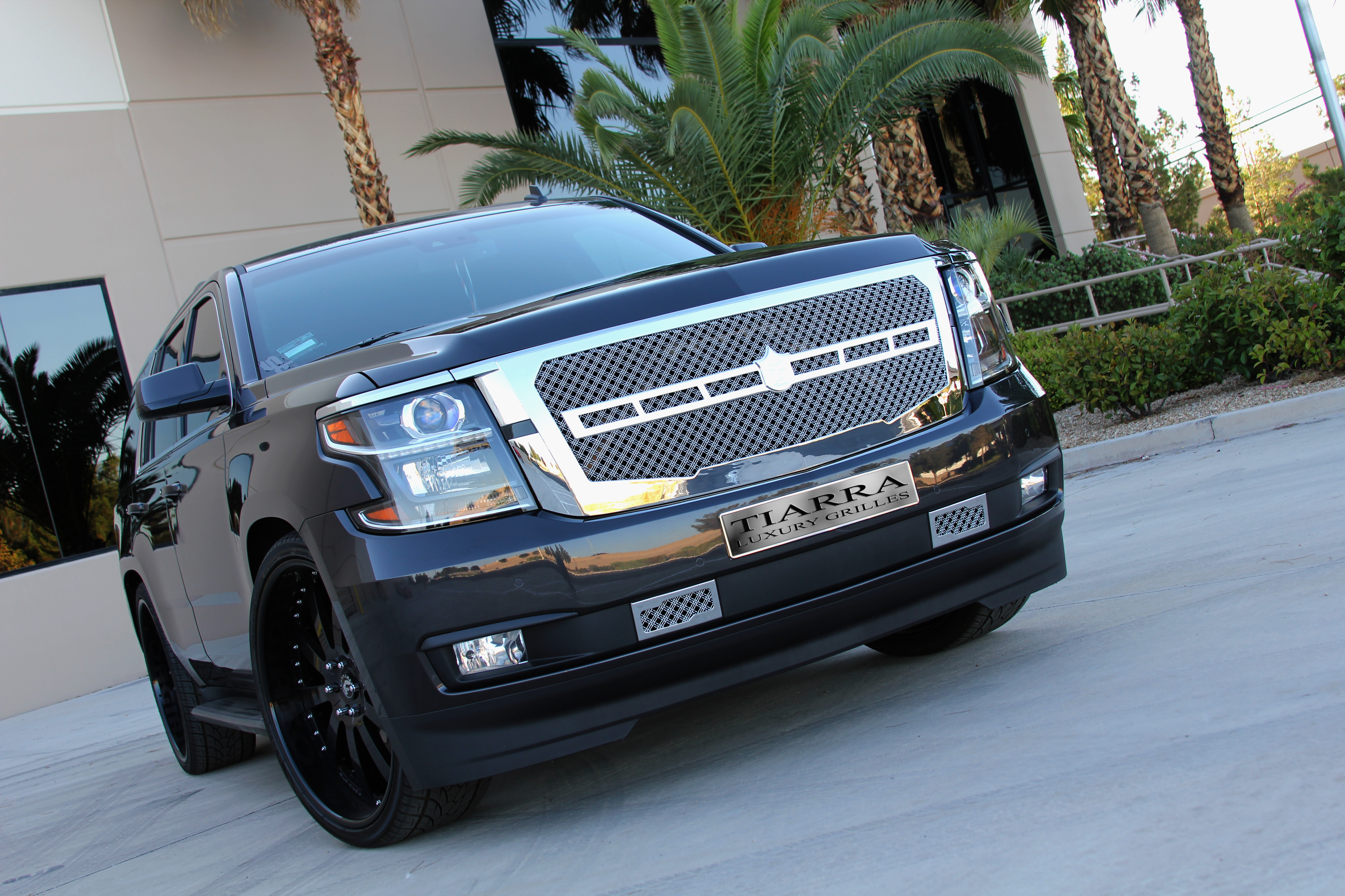 2015 Chevy Tahoe Tiarra Grille Package - Rides Magazine