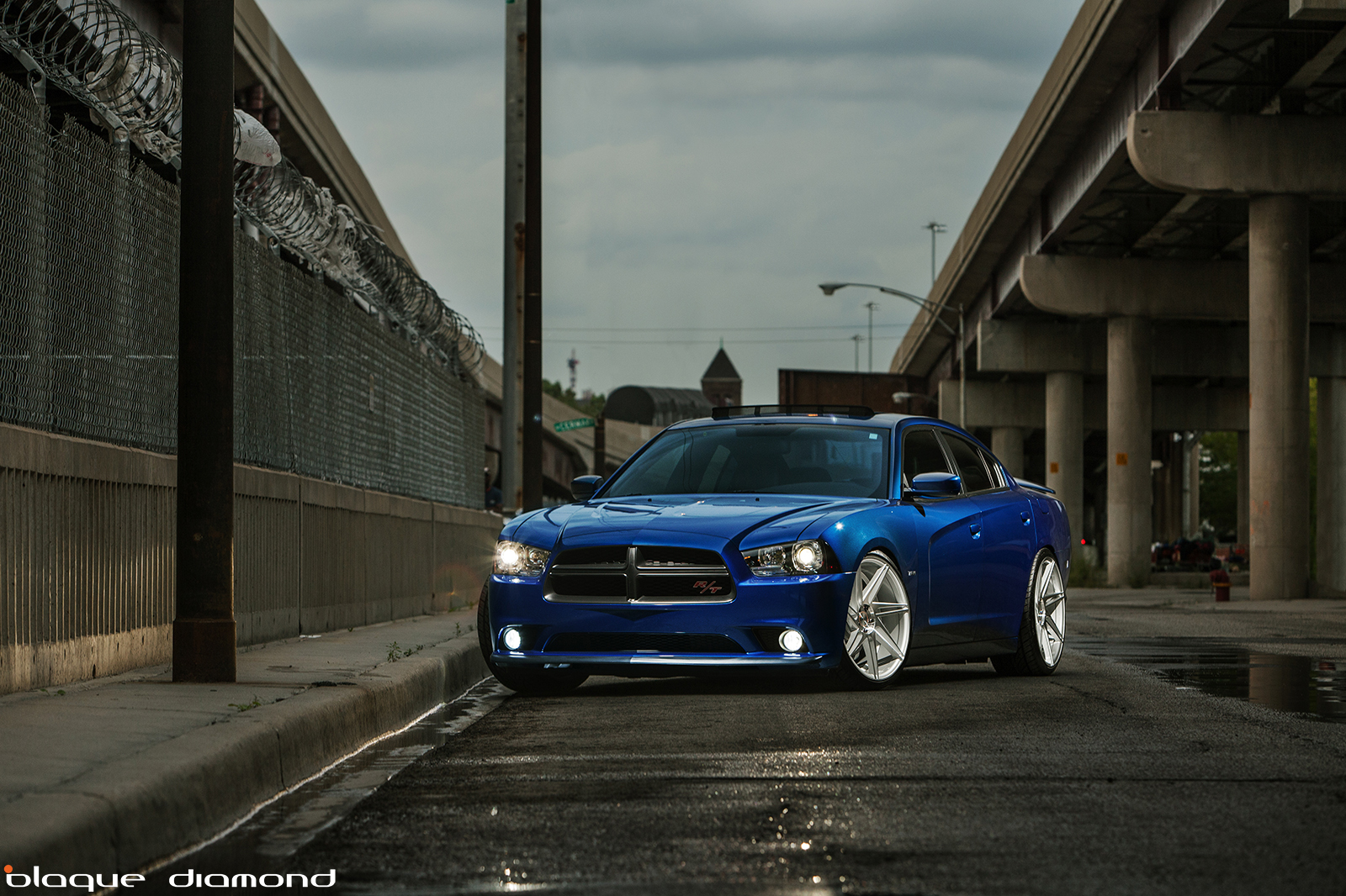 Dodge Charger Rt Slammed On 22 Inch Blaque Diamond Wheels