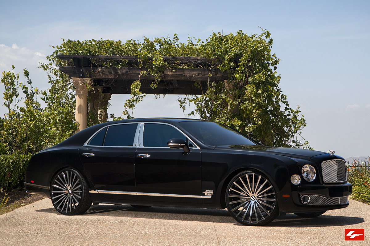 Bentley Mulsanne On 24 Inch Lexani Wheels Rides Magazine