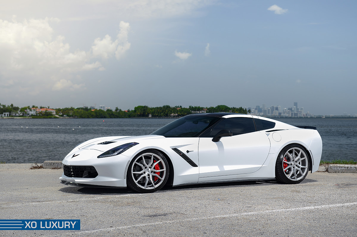 2015 corvette c7 z51 stingray on xo luxury wheels rides magazine. Black Bedroom Furniture Sets. Home Design Ideas