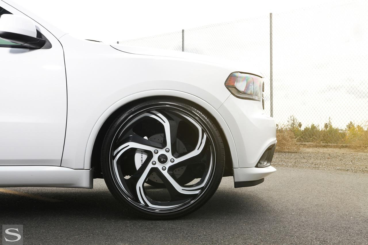 Dodge Durango On Savini Diamond Series Verona Wheels