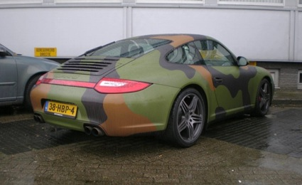 porsche-911-carrera-army-camo-2-big