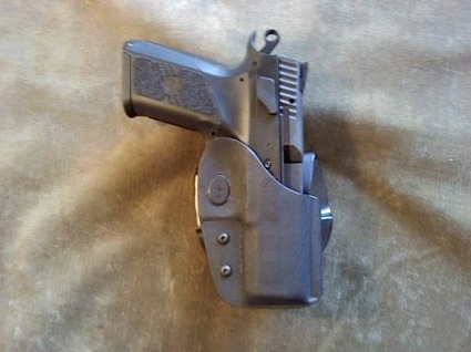 cz-po7-duty-polymer-in-holster