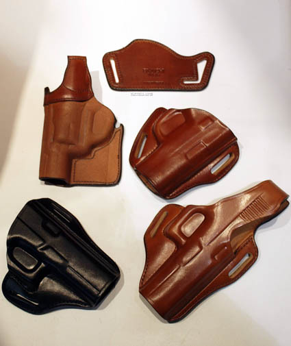 4-five-new-bianchi-int-holsters-for-2011
