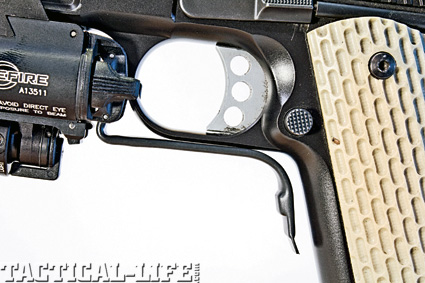 combat-handguns-light