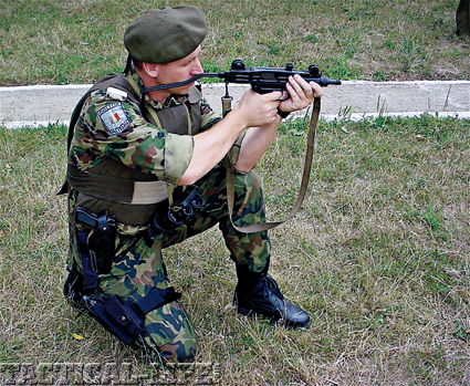 romania-mp-uzi-5