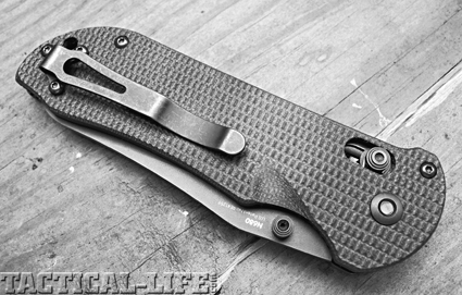 benchmade-triage-c