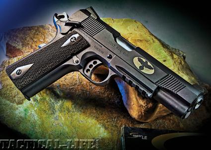 COLT RAIL GUN M1911A1  45 ACP